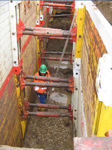 Montage von Spundwänden im Tiefbau durch die MHB